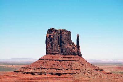 mitten-monument-valley001a
