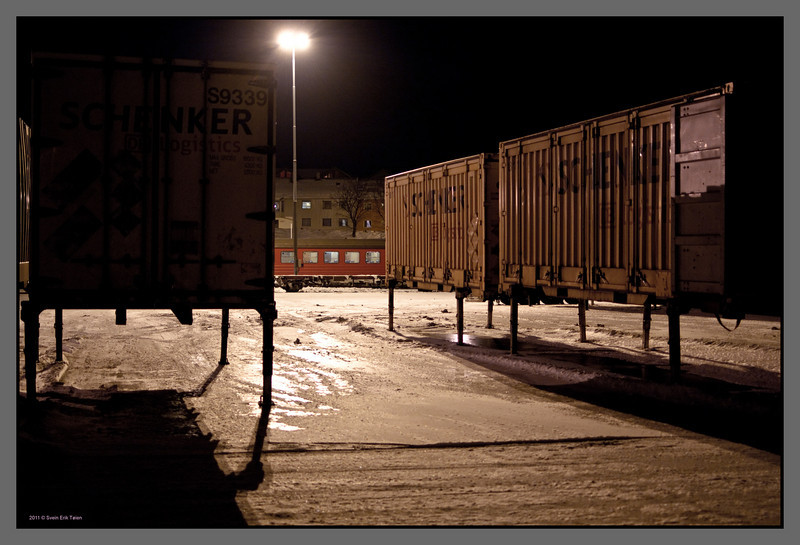 Who's out walking<br /> Bodø railway station