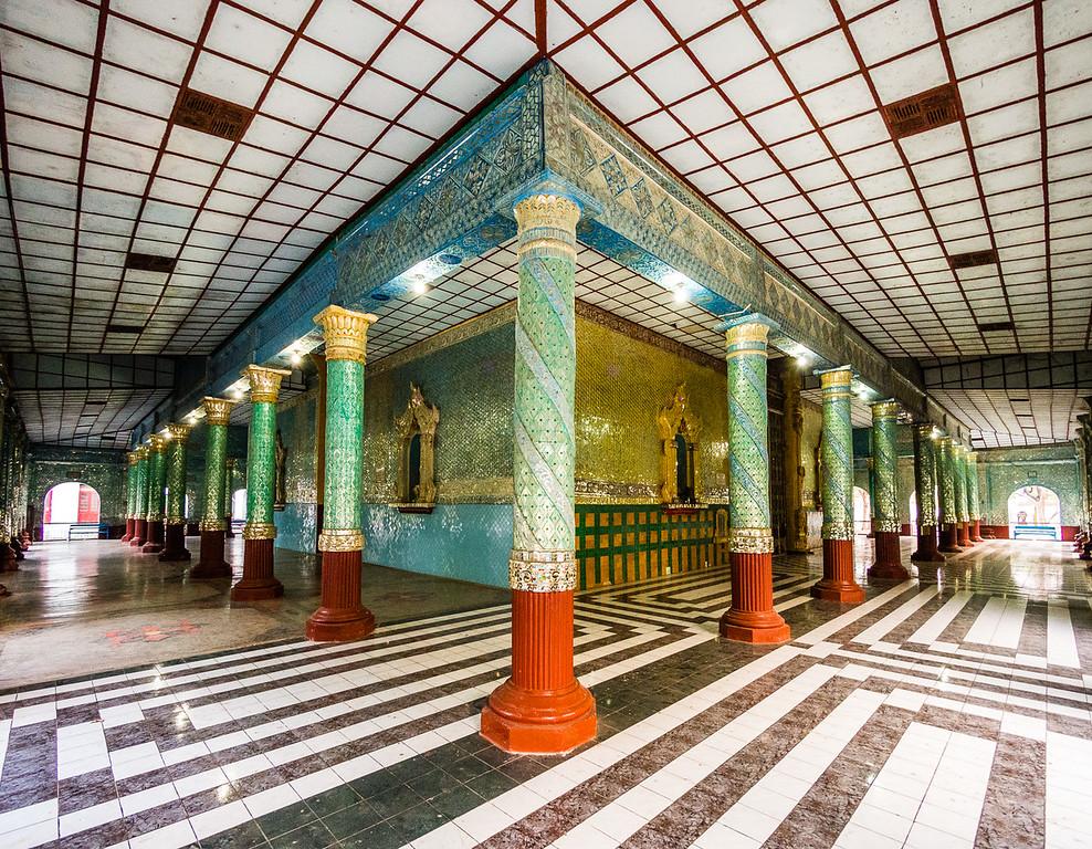Kyauktawgyi Pagoda, Mandalay, Myanmar.