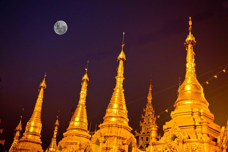Shwedagon Paya with Full Moon