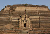 Mingun: World's Largest Unfinished Pagoda. Cracks from 1838 earthquake.