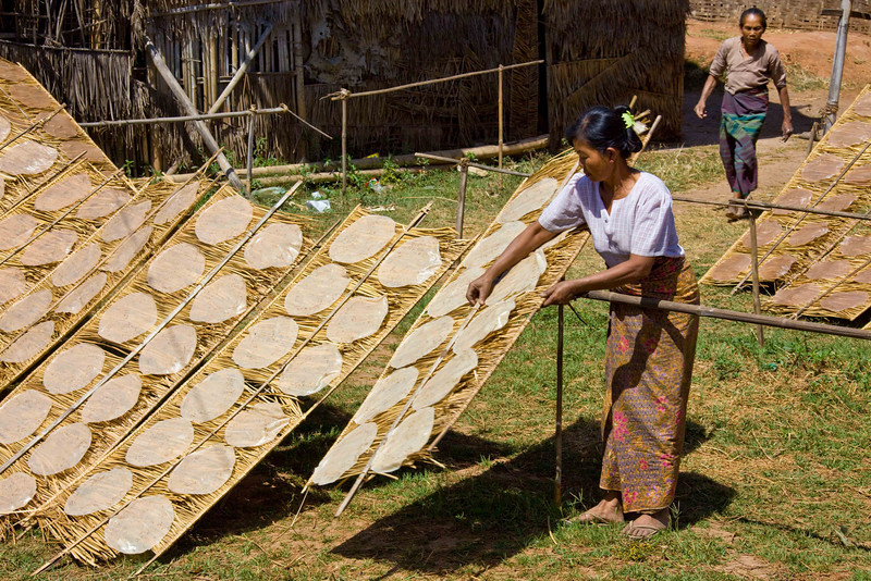 Drying Rice Cakes