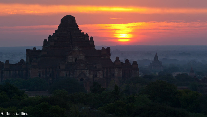 Dhammayangyi Pahto, Bagan, Myanmar, 2 February 2013