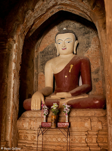 Seinyet Amo Pahto, New Bagan, Myanmar, 1 February 2013