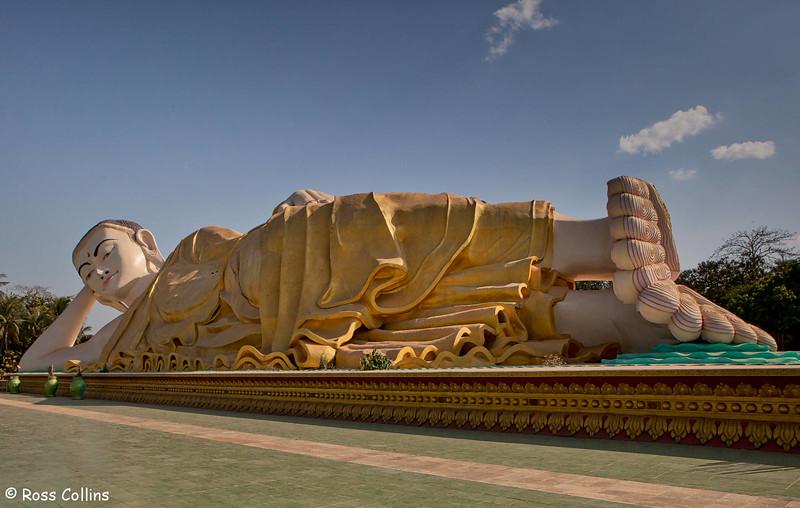 Naung Daw Gyi Mya Tha Lyaung Reclining Buddha, Bago, Myanmar, 31 January 2014