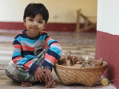 Ananda Pahto Kids