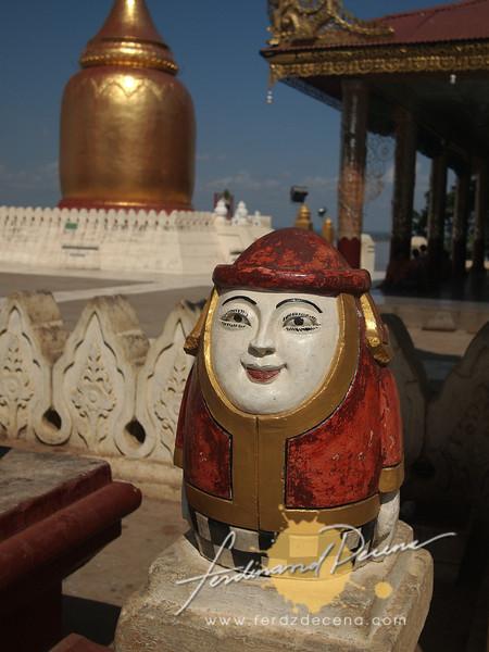 Odd looking egg-like statues at Bupaya