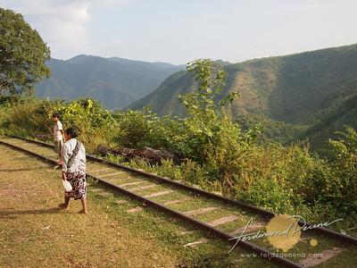 Train view from Mandalay to Pwin U Lwin