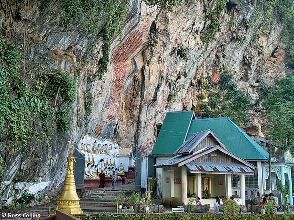 Kawgun Cave, Hpa-an, Kayin State, Myanmar, 30 September 2015