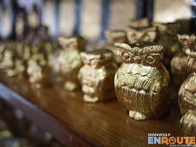 King Galon, Gold Leaf Shop