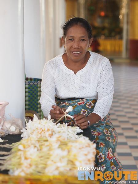 Vendor at Tupayon Paya entrance