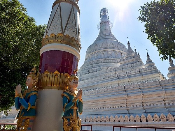 Maha Wizaya Ranthi Pahtodawgyi, Amarapura, Mandalay Region, Myanmar, 23 October 2015
