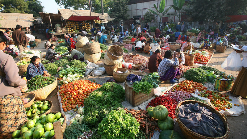 The delightful chaos of the market.