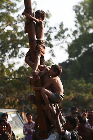 Pole climbing competition