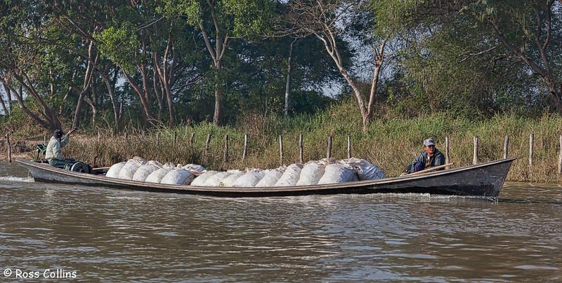 Travel on Inle Lake, Myanmar, 21/22 January 2014