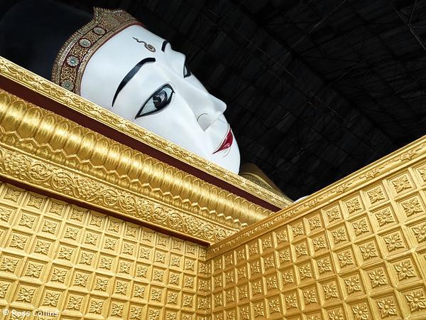 Hlaung Taw Mu Reclining Buddha, Dawei, Tanintharyi Region, Myanmar, 9 October 2015