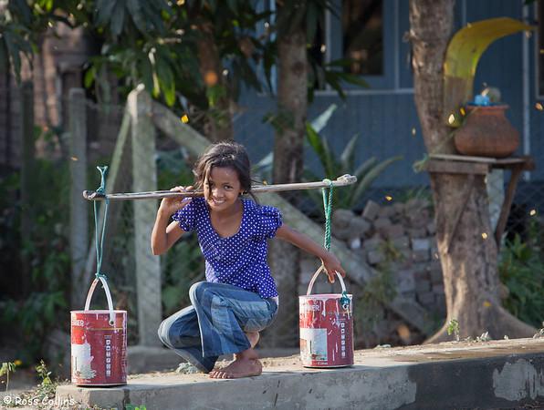 Collecting Water at Dalah