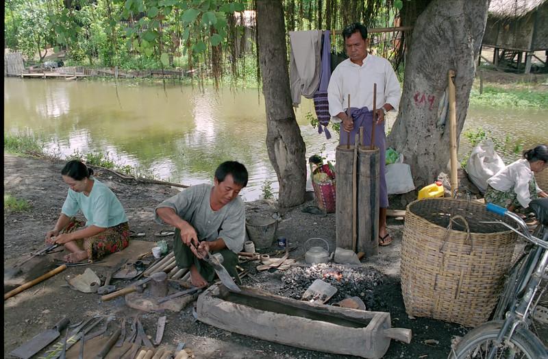 Myanmar Naungshwe Market 323