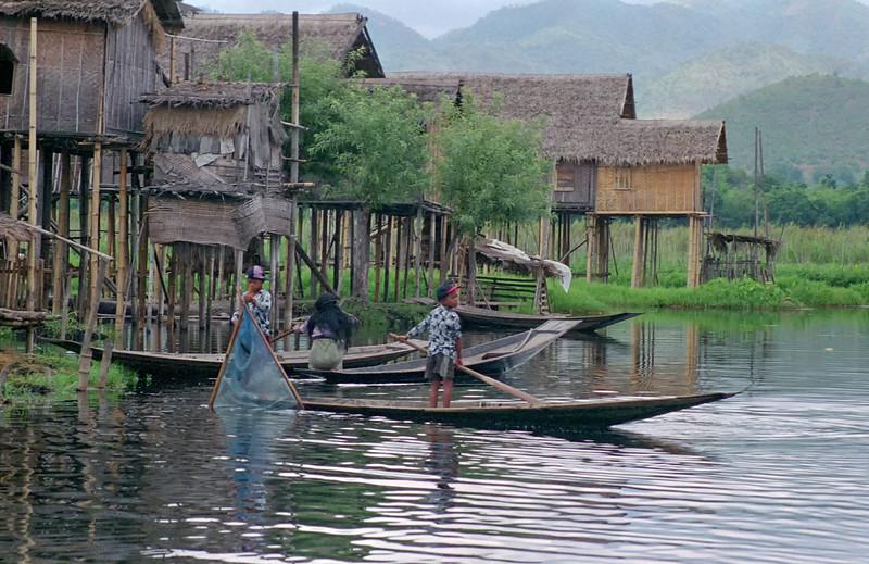 Myanmar Inle Lake 150