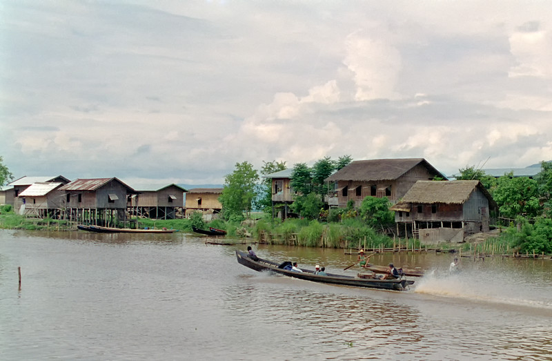 Myanmar Inle Lake 142-Edit