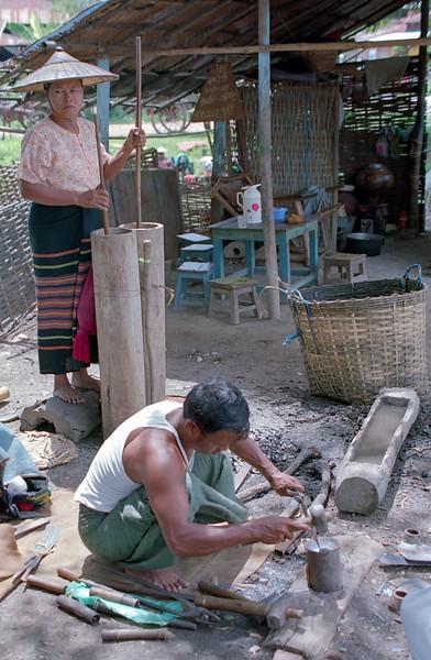 Myanmar Naungshwe Market 318