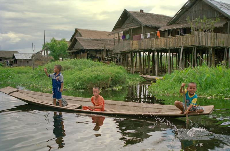 Myanmar Inle Lake 098