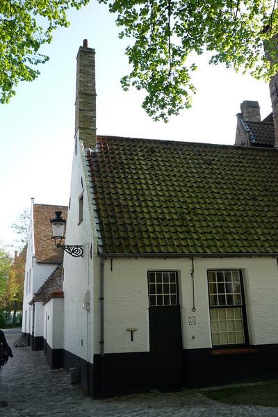 Begijnhof(Beguinage)-Brugges