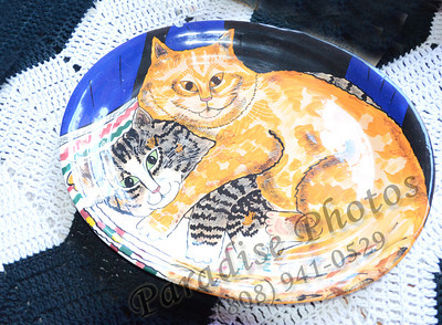 cat plate Mystery Castle 0512 1027