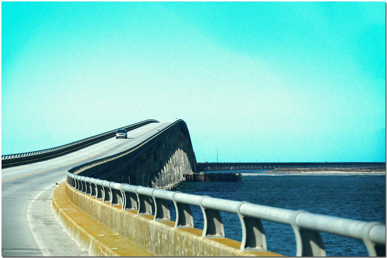 Feb 13<br /> Crossing Oregon Inlet