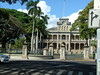 Honolulu City Tour. Courthouse in foreground