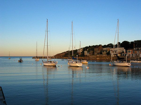 EARLY AM-ROCKPORT, MA. HARBOR
