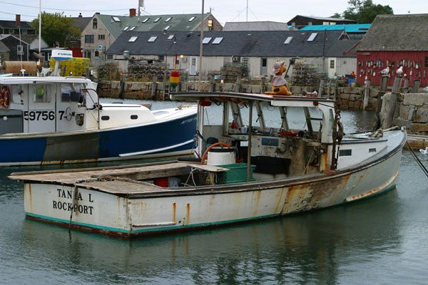 FISHING BOAT-ROCKPORT, MA.