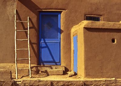 PuebloDoorstep,Taos