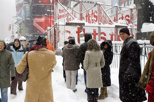 STANDING IN LINE FOR CHEAP TICKETS DURING A BLIZZARD!-TIMES SQUARE