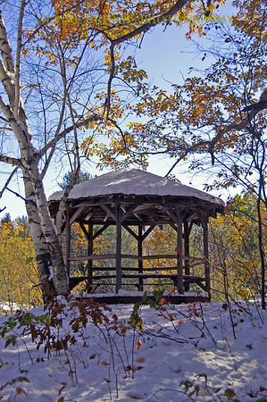 GAZEBO-SHADOWS-SNOW