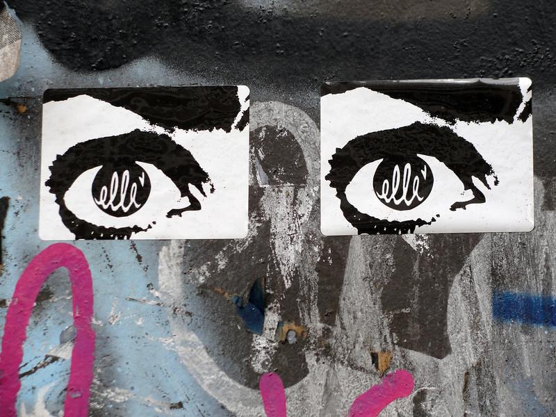 eyes graffti 4275