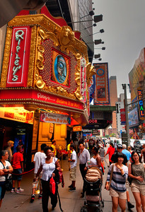 20 August 2011 : Welcome to New York City.  42nd Street leading up to Time Square is an absolute feast for the senses – the neon lights, the sounds of traffic and people, the smells from the hot dog vendors' stands – it all takes a while to sink in.  You can't help but feel alive in that environment.