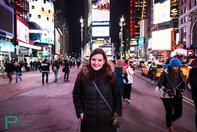 Siobhan in Times Square Canon 5D Mark III, 24-105mm F4.0L