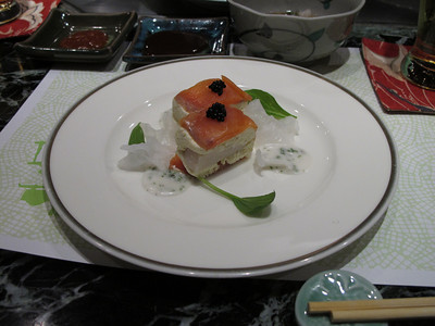 nice steak dinner.  this was the appetizer.   smoked salmon and cream cheese w/ scallop in the middle and some caviar on top.
