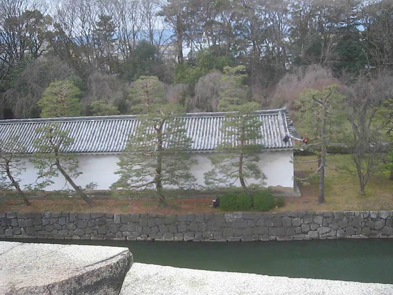 MVI_0115 Nijo-jo Castle grounds panorama