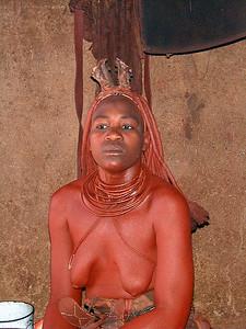 himba-woman 2 595