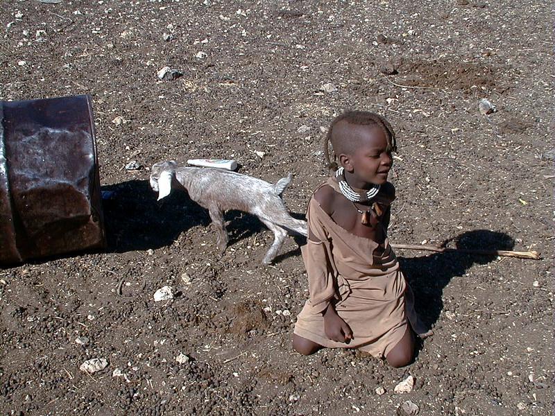 himba-child-goat 2 568