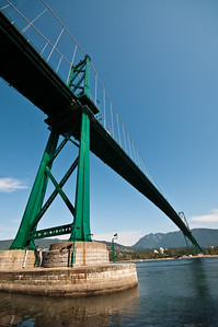 Lion's Gate Bridge again.