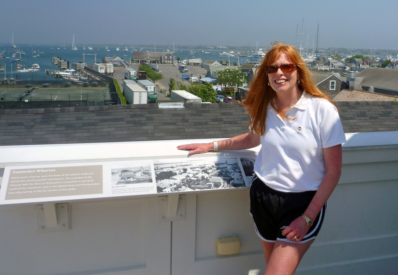 Nancy on top of the Whaling Museum