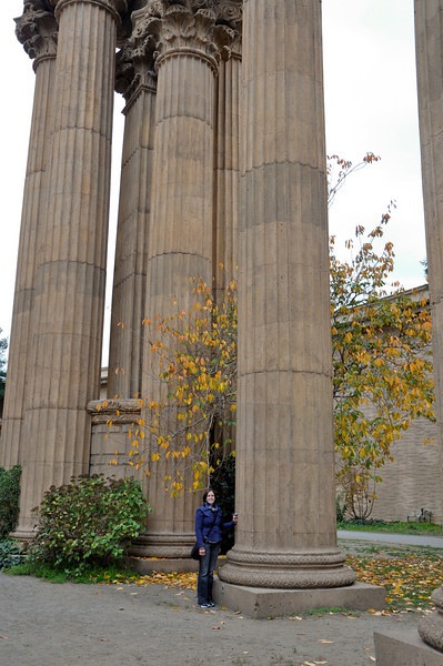 Some perspective of how big the columns really are. That's a tiny Sasha standing next to one.