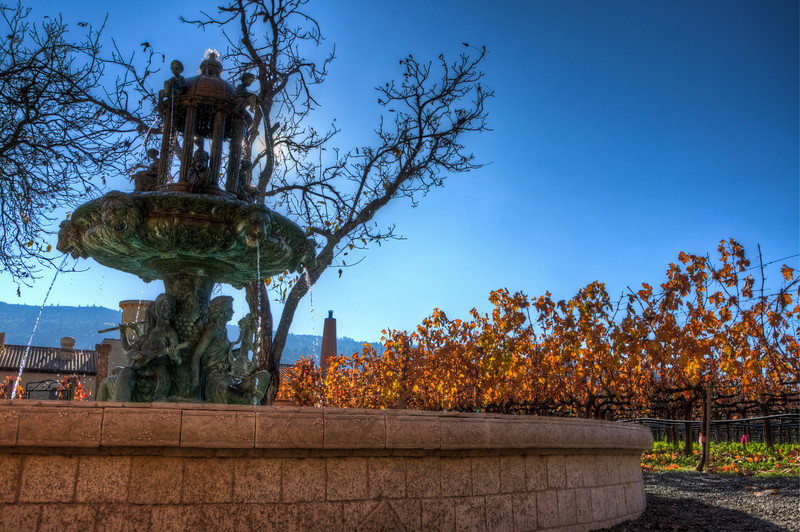 HDR of the fountain.