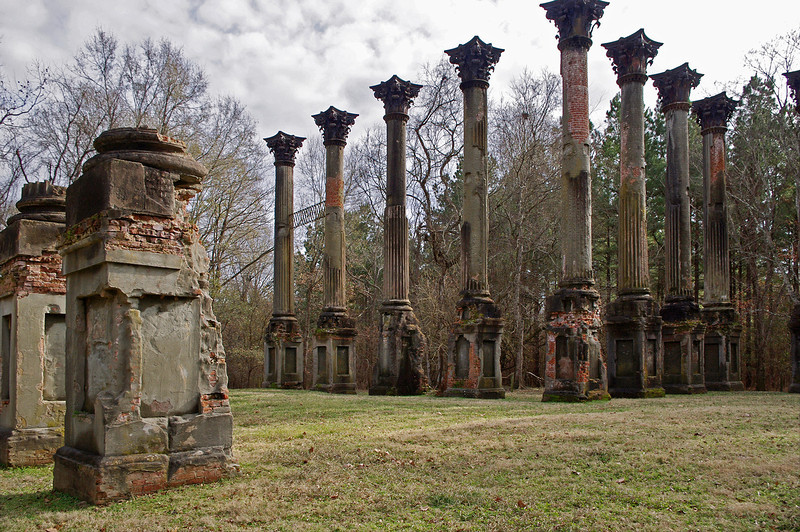 Windsor Ruins, near Port Gibson, Mississippi. Built between 1859 and 1861, was the home of Smith Coffee Daniell, II. The mansion contained twenty-five rooms with twenty-five fireplaces, and cost $175,000 to build and furnish. Unfortunately, Smith Daniell only lived in the large mansion for a few weeks before he died. <br /> <br /> The home survived the war only to be totally destroyed on February 17, 1890, by a fire said to have been caused by a party guest who carelessly dropped a cigarette.
