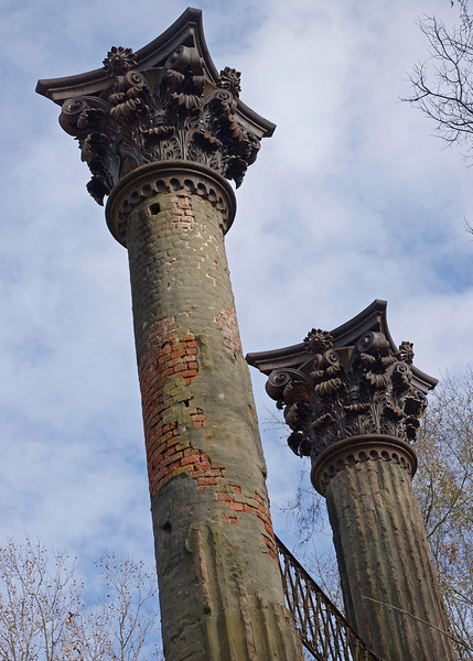 Detail of column finals, Windsor Ruins, near Port Gibson, Mississippi.