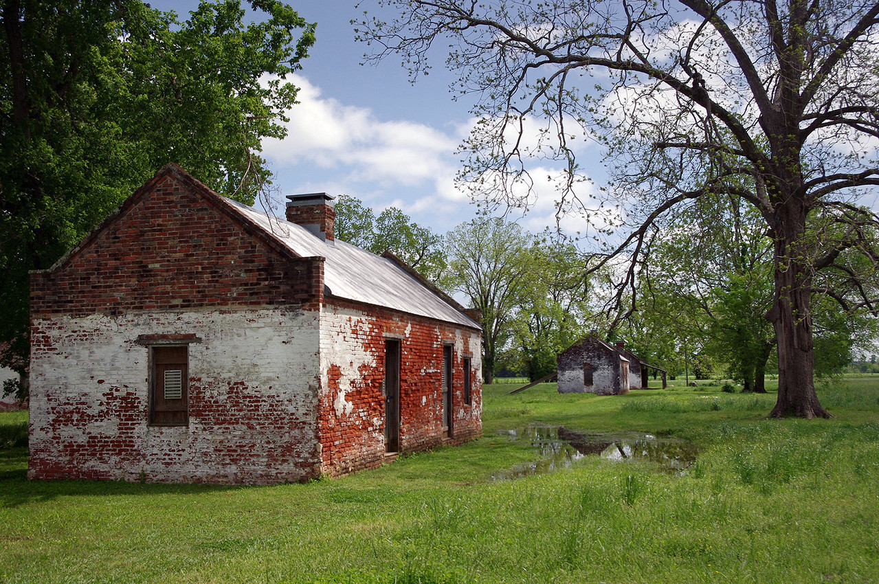 "Brick ""slave quarters"" cabins, Magnolia Plantation, near Natchitoches, Louisiana."