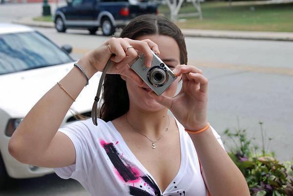 Nina Moiseiwitsch, photographer.